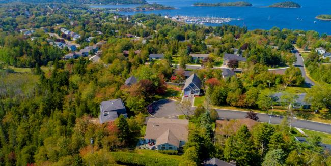 Houses in a neighbourhood along Kennebecasis Drive